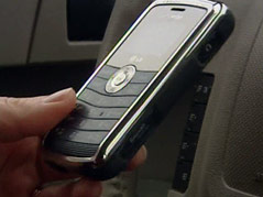 texting while driving car cell phone