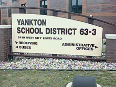 yankton school / yankton education