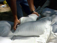 wynstone area flood fight sandbags missouri river