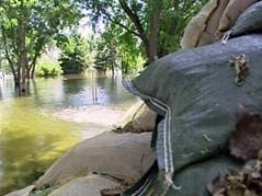 frontier road fort pierre flooding missouri river sandbags