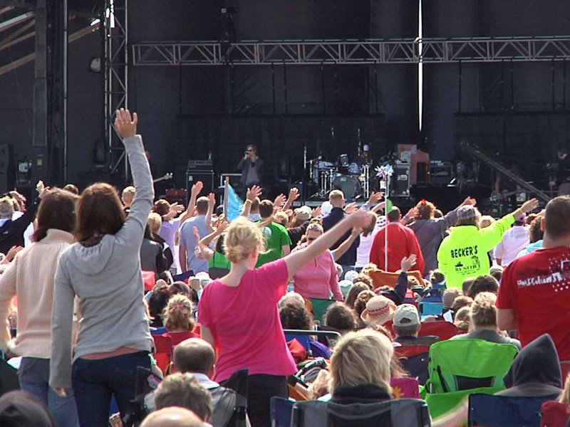 lifelight 2011 crowds christian rock festival
