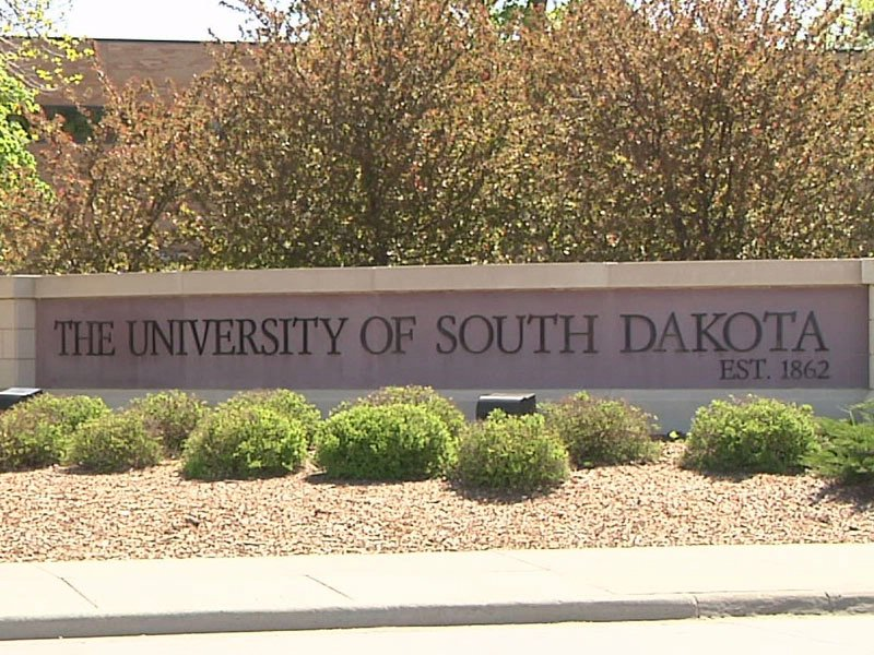 University of South Dakota sign college campus admissions alumni USD