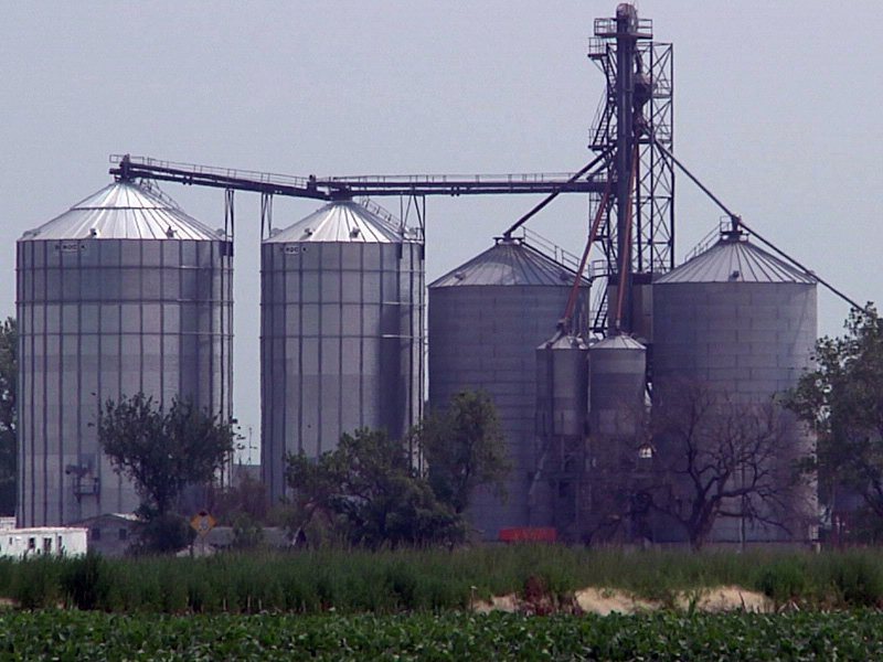 drought farm agriculture field crops yield silos grain elevator