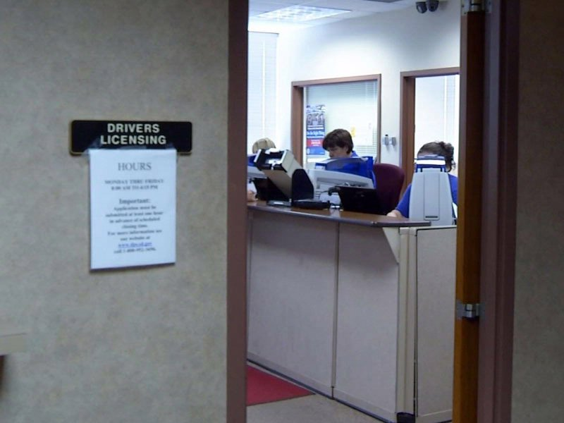 drivers licensing office