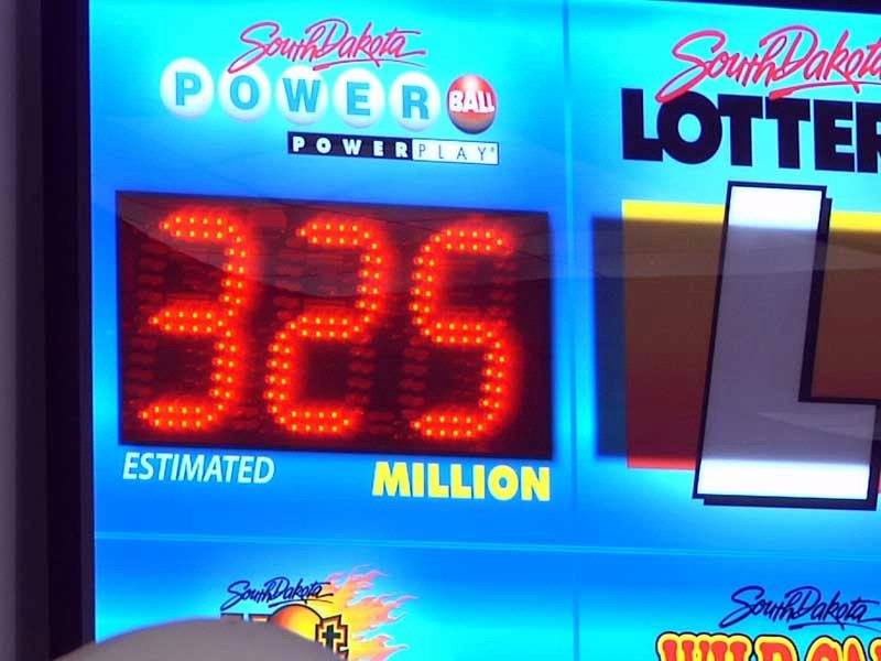 thanksgiving weekend jackpot, $325 million