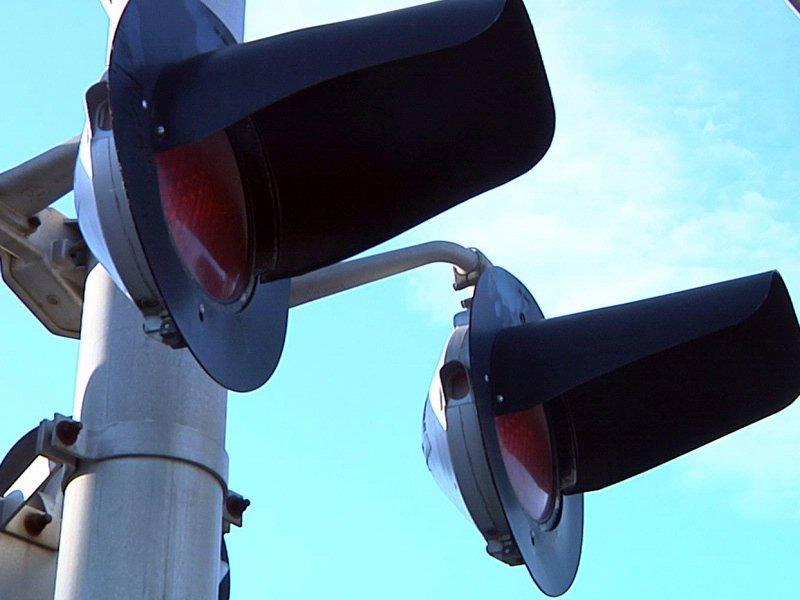 trains railroad lights railroad crossing lights