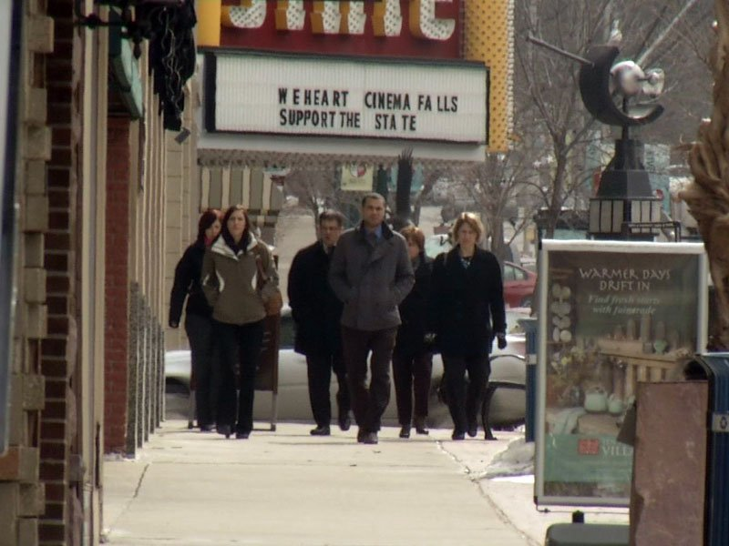 cold weather in the spring, downtown sioux falls
