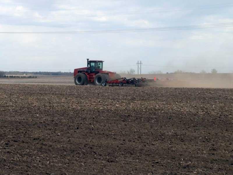 planting, farming, tractor