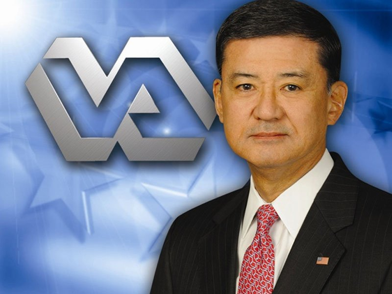 Eric Shinseki veterans administration resigns