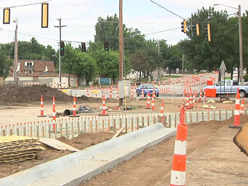 Sycamore Avenue and 10th Street construction delay in project