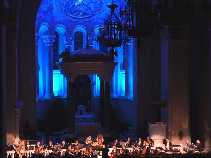 Watch Christmas At The Cathedral On KELO-TV