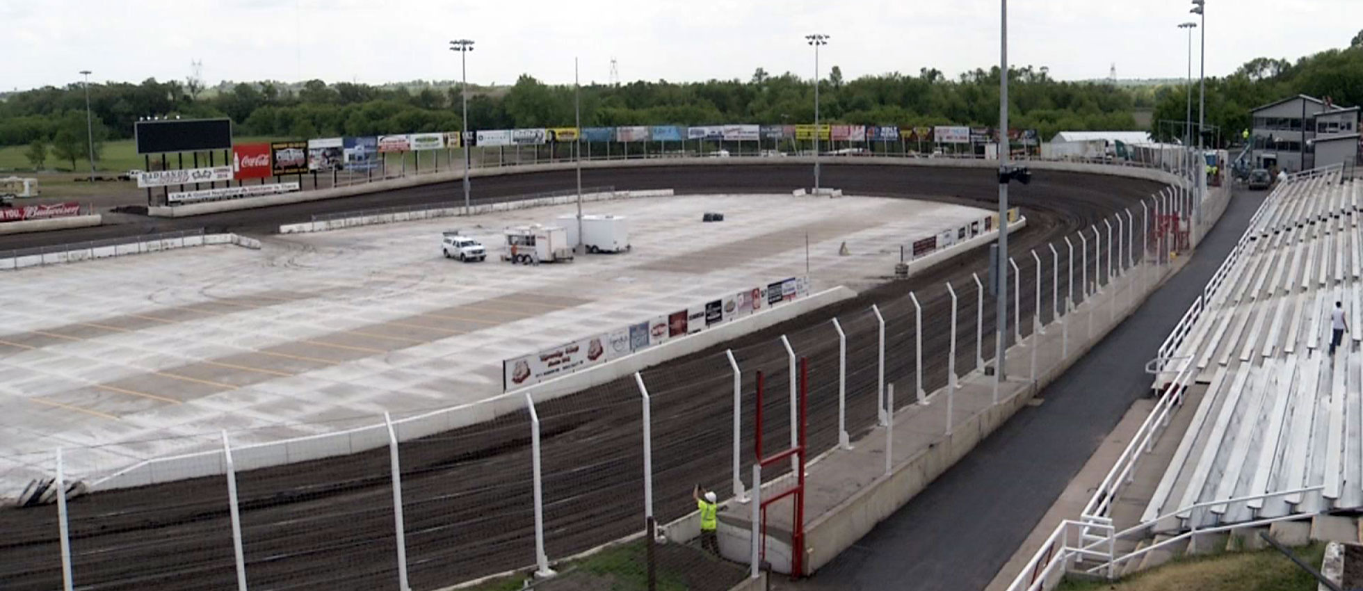 Badlands motor speedway preparing for opening weekend for Motor inn spirit lake iowa