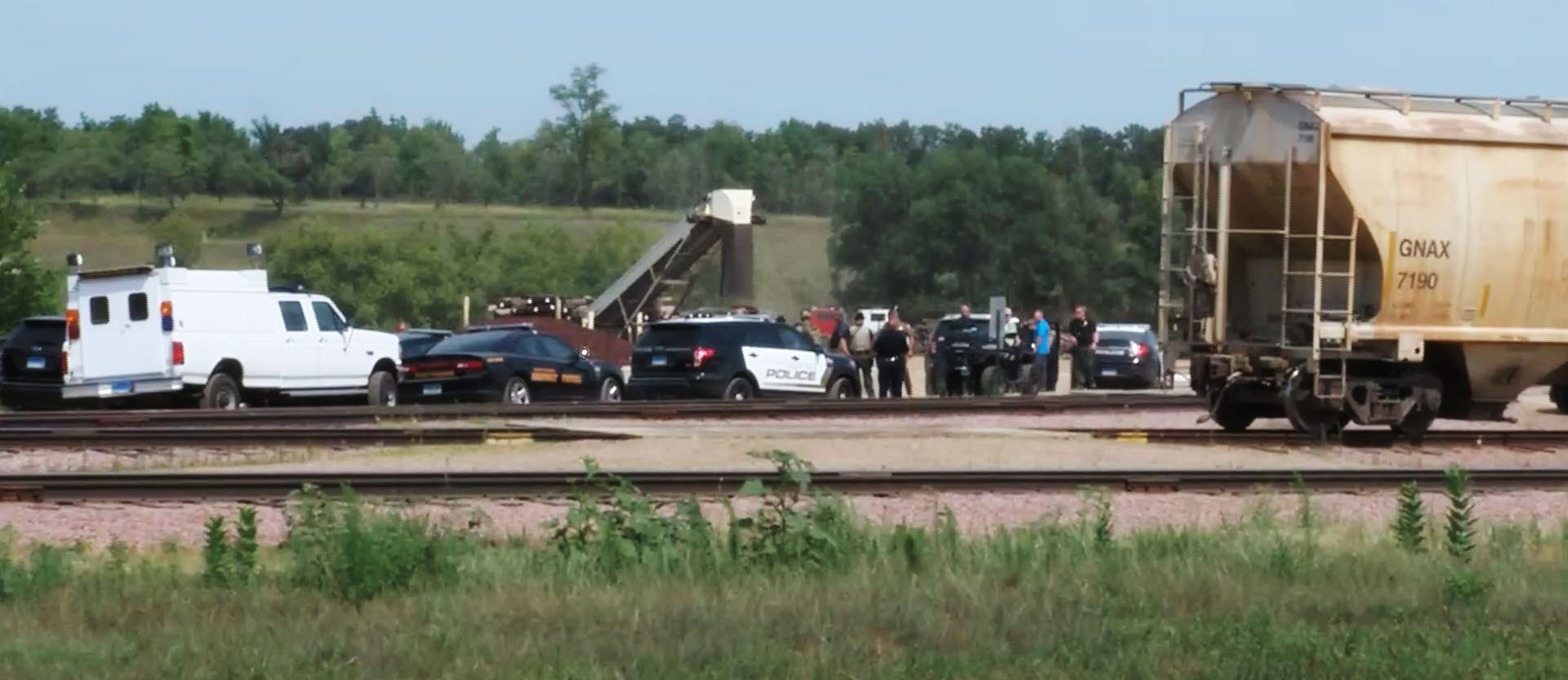 Keloland Auto Mall >> Authorities End Manhunt In Sioux Falls