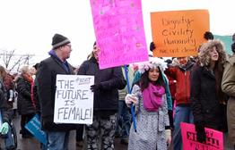More Than 3,300 March For Women In Sioux Falls