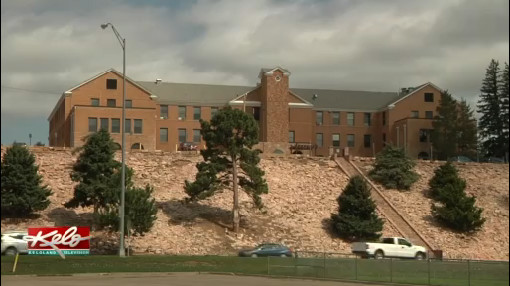 Noem Checks In On Sioux San Hospital Progress